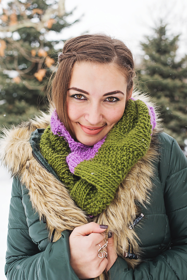 KISS Cowl Simply Grey by Mary-Ann Lammers Designs